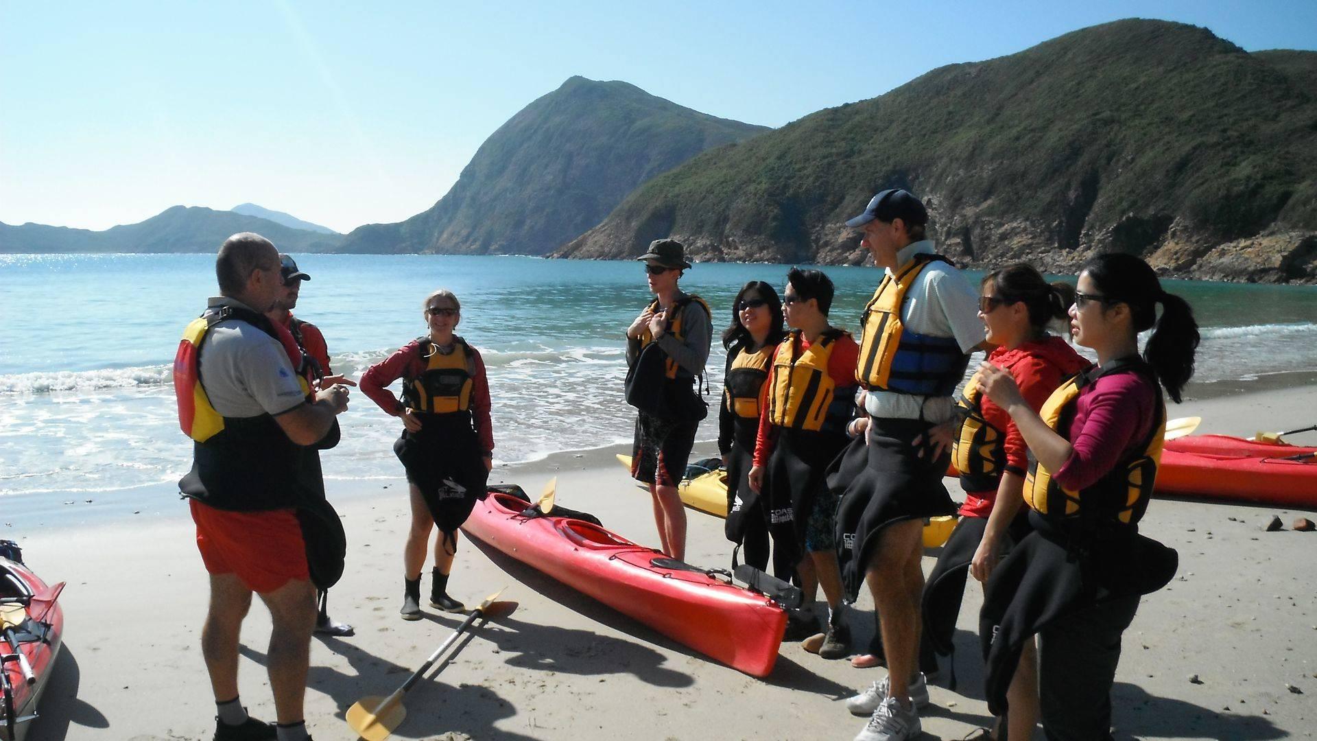 Sea kayak instructors Hong Kong