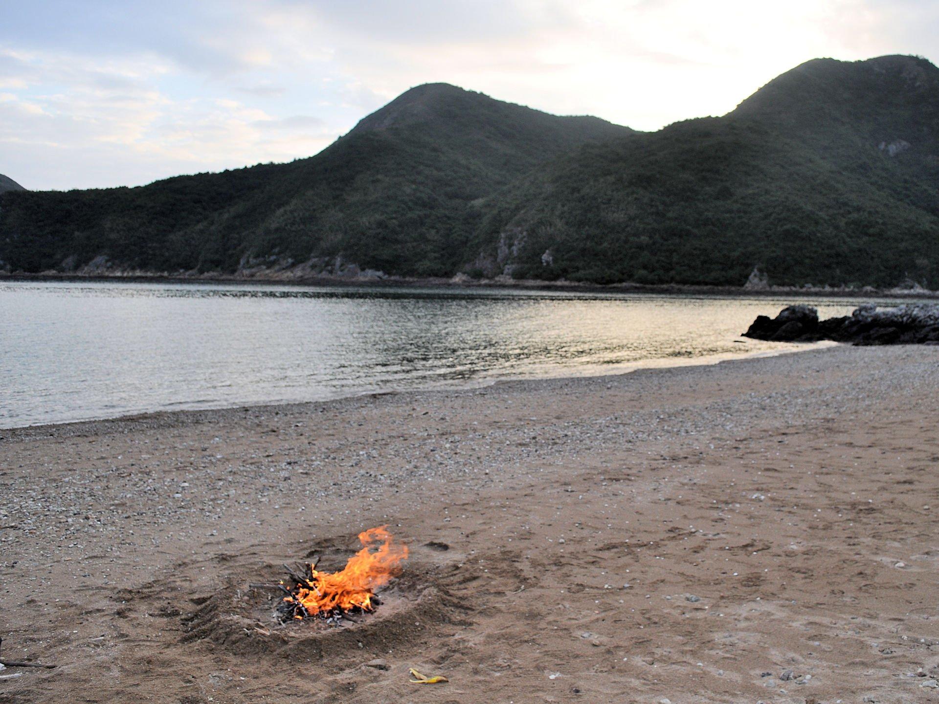 2017 Sea Kayak Hong Kong Double Haven campfire