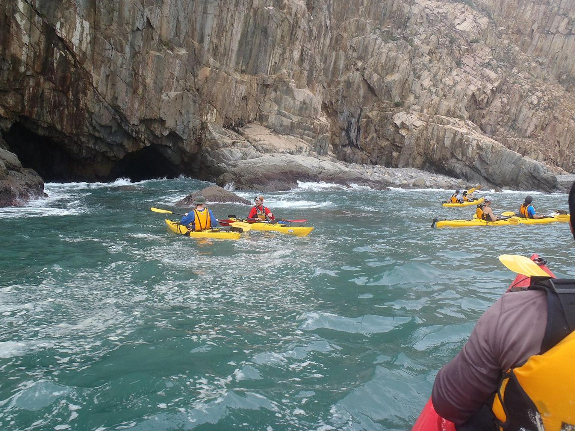 Sea Kayak Hong Kong UNESCO Geopark tour