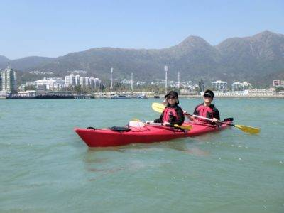 Sea kayaking the inner islands of Shelter Bay Hong Kong
