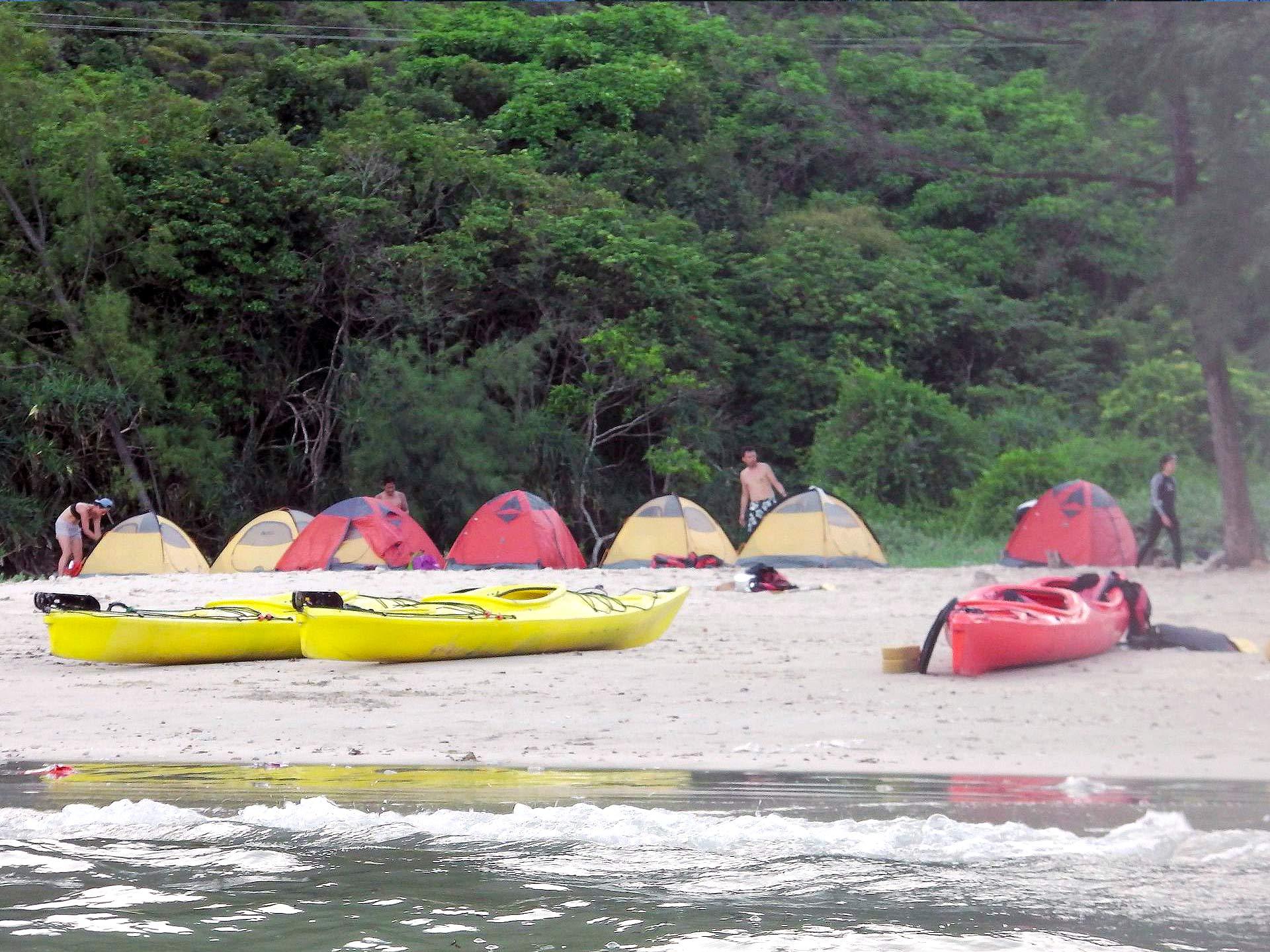 sai-kung-UNESCO-sea-kayak-hong-kong-island-camping
