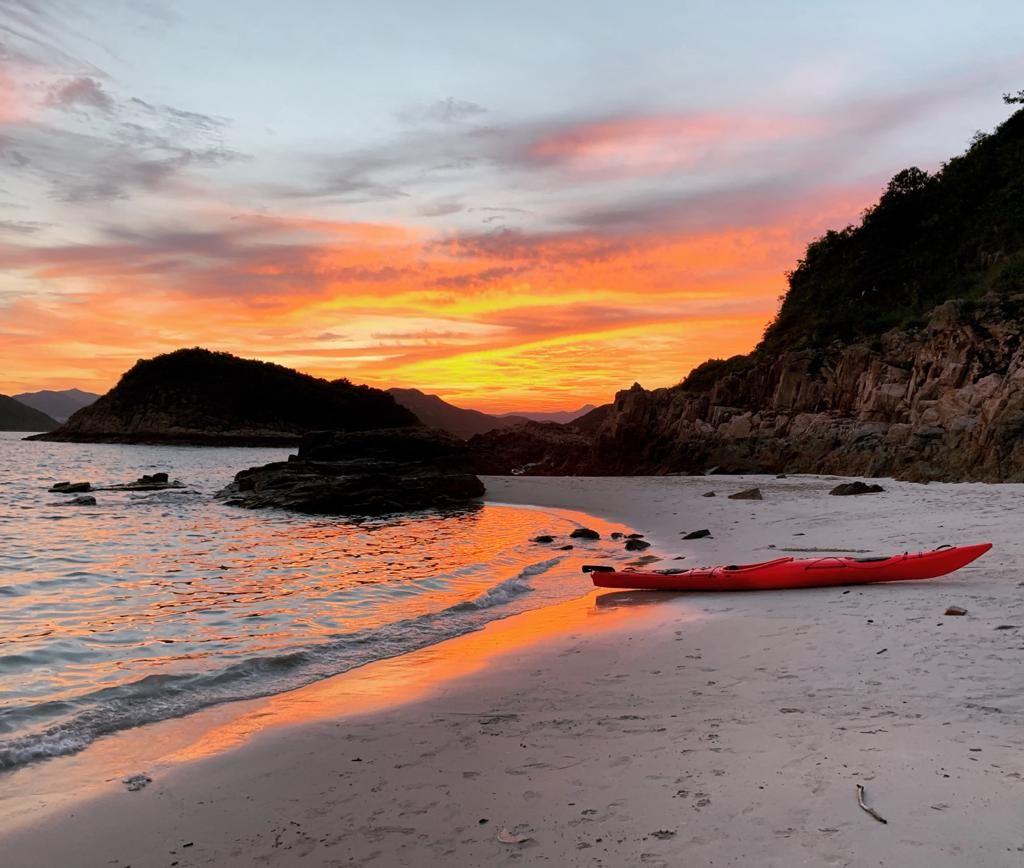 remote and beautiful sea kayak tours of Hong Kong