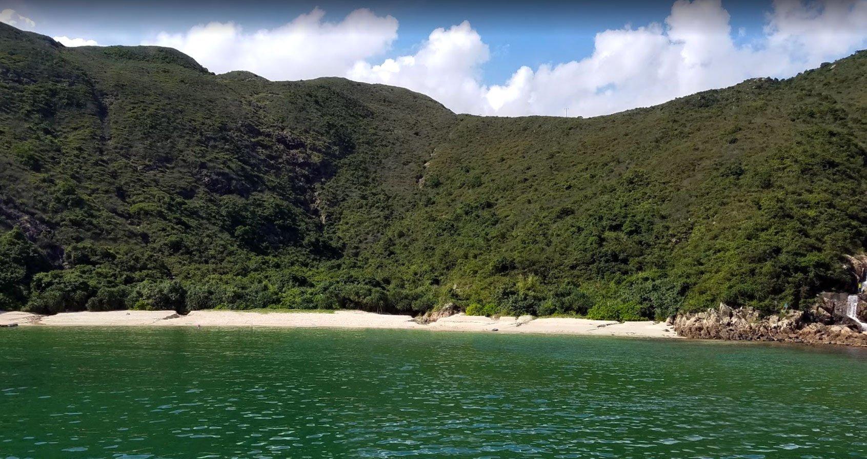 Kau Sai Chau beach camp