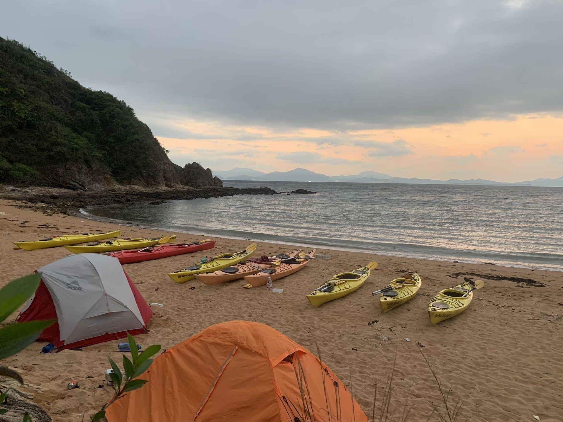 SEA KAYAK CAMPING hONG KONG
